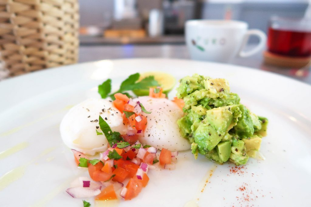 perfectly cooked poached eggs by Cafe Strand in Falmouth UK (what's their secret?)
