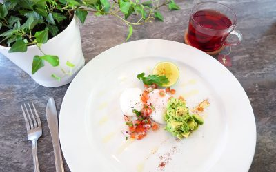 Poached-Eggs-and-Tea